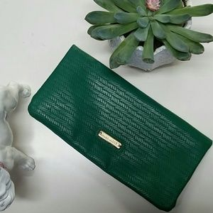 Steve Madden magnetic green clutch
